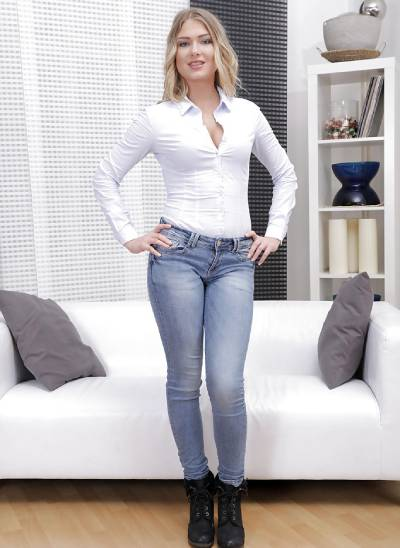 Lucy Heart – age, bio, wiki, boyfriend, height, Wikipedia
