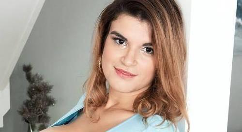 Jenni Noble - Height, Weight, Bio, Wiki, Age, twitch, 2021