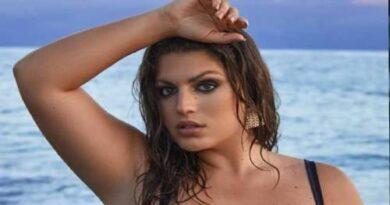 Ellahalikas - Height, Weight, Bio, Wiki, Age, Instagram